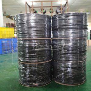 black heavy duty rope